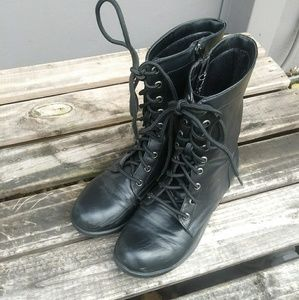 Shoes Boots Short Womens Combat Style Some Wear